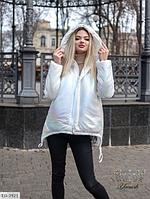 Куртка женская белая с перламутровым переливом SKL11-289514