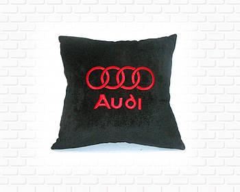 Подушка в Audi