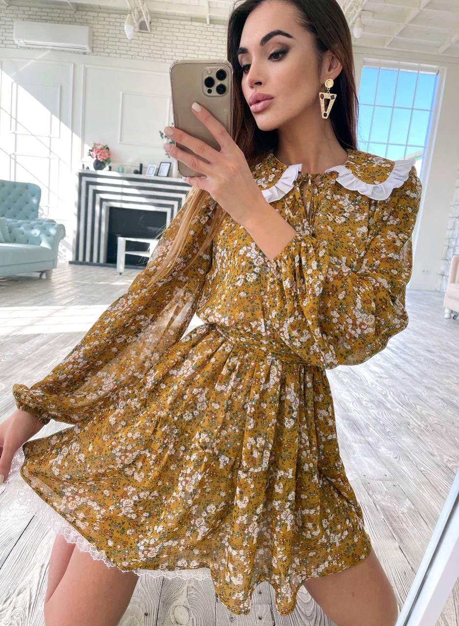 Цветочное платье с расклешенной юбкой и белым воротничком трендовое (р. S-M) 36032240
