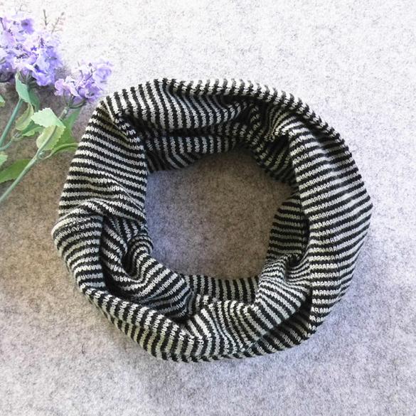 Детский вязаный шарф - хомут Черный с серым (08105)