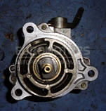 Вакуумный насос -05 Mazda 6 2.0di 2002-2007 X2T58172 20313, фото 2
