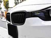 Решетка (ноздри) BMW F30/F31 черный мат