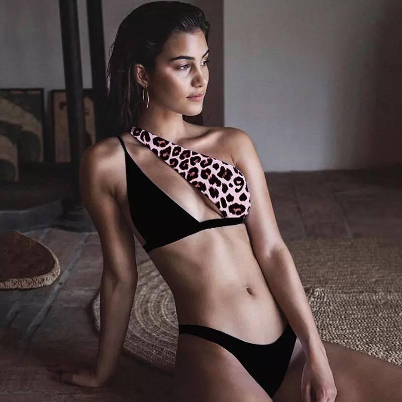 Купальник роздільний чорно-леопардовий з асиметричним ліфом