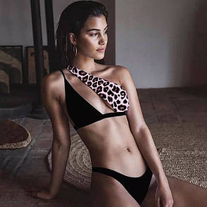Купальник роздільний чорно-леопардовий з асиметричним ліфом, фото 2
