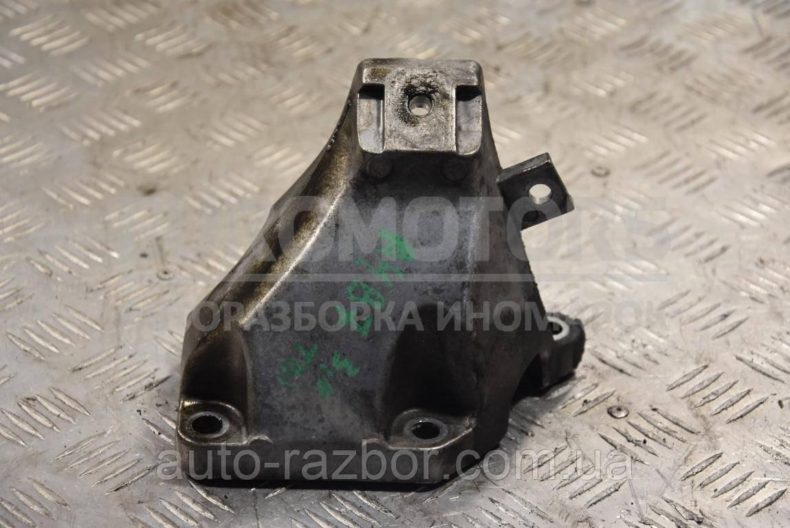 Кронштейн двигуна правий Audi A4 (B7) 2004-2007 3.0 tdi 8E0199308AK
