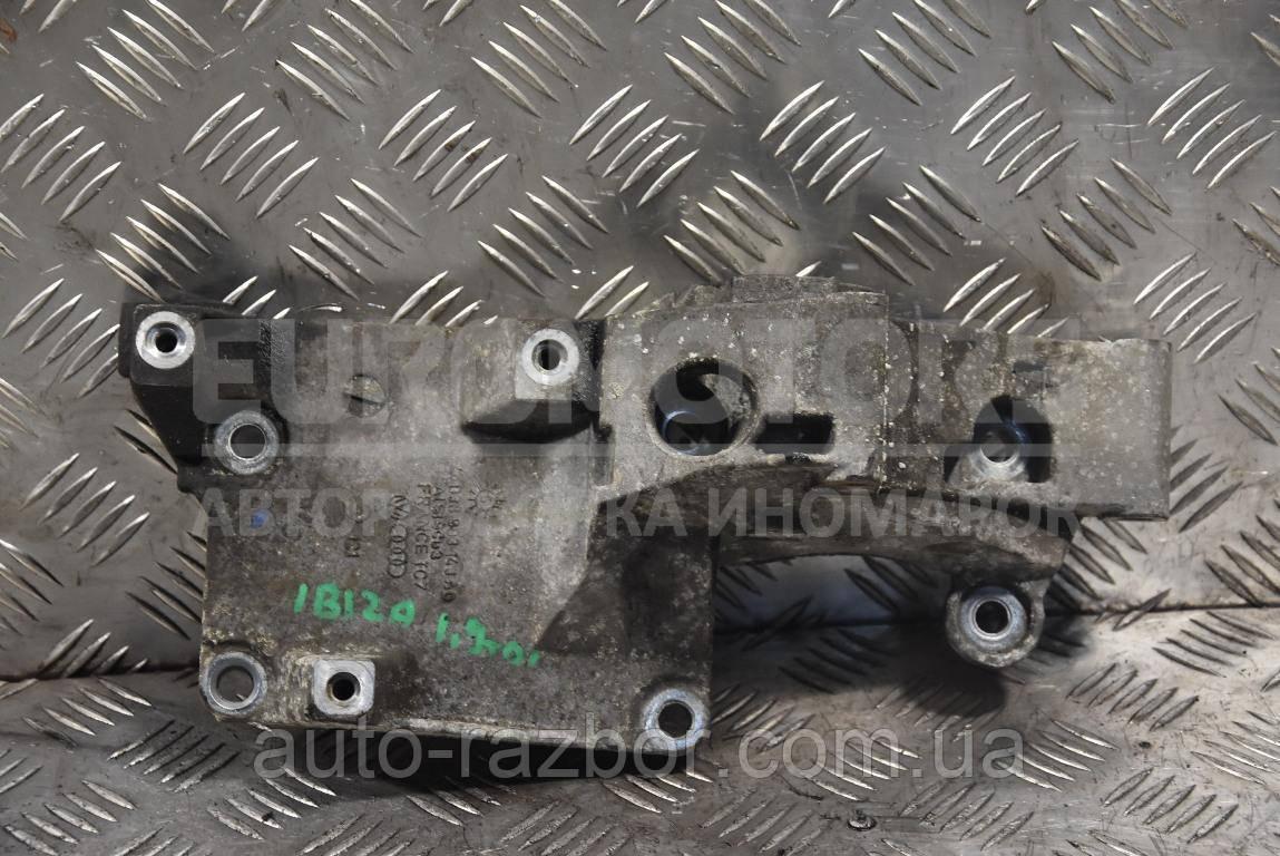 Кронштейн генератора Seat Ibiza 2002-2008 1.9 tdi 038903143AG