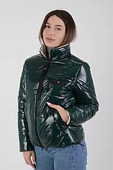 Коротка весняна лакова куртка Марко смарагд