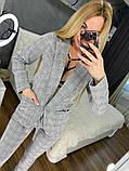 Женский стильный брючный костюм в клетку, фото 7
