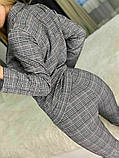 Женский стильный брючный костюм в клетку, фото 10