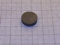 Магнит ферритовый диск 10х4 мм