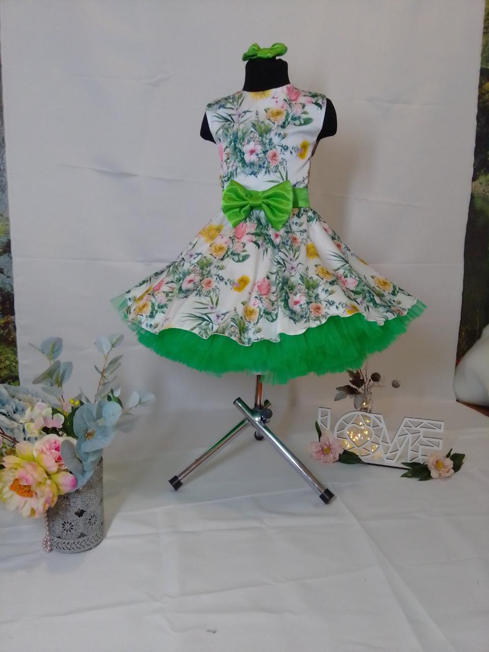Детское платье в в цветочек с пышным подъюбником. Размер универсальный. Любые цвета и размеры.