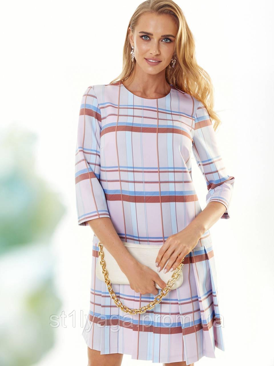 Пудрове плаття-міні в клітку зі складками по низу