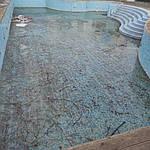 Как почистить бассейн после зимы