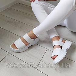 Босоножки кожаные женские белые