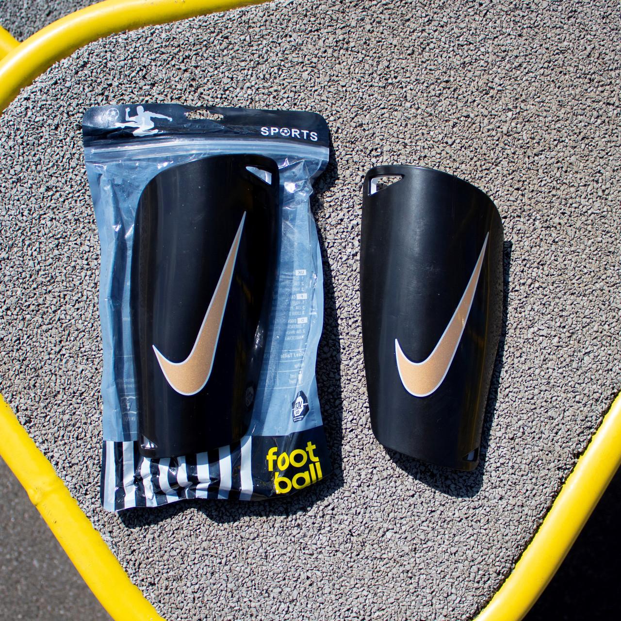 Футбольні щитки Nike (чорний)