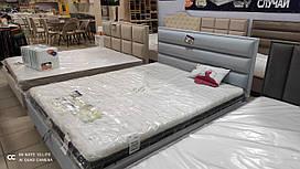 Кровать с ящиком для белья из натурального дерева