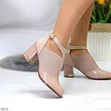 Ефектні зручні рожеві жіночі туфлі з еластичними вставками на підборах, фото 9