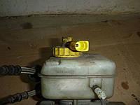 Бачок главного тормозного цилиндра Skoda Octavia Tour 02-10 (Шкода Октавия Тур), 1J1611301B