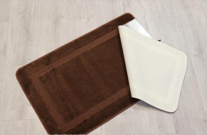 Набор ковриков на резиновой основе 50*80 см