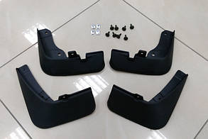 Брызговики на Мазду 3/Mazda Седан  с 2013 AVTM полный комплект