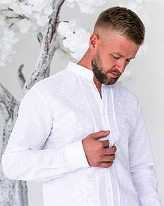 Мужская рубашка с вышивкой Ромео на белом льне