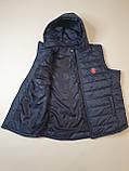 Чоловічий жилет утеплений - безрукавка стьобаний на синтепоні з плащової тканини з капюшоном від виробника 56-64, фото 6