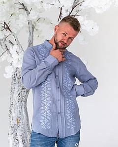 Рубашка с вышивкой Ромео на голубом льне