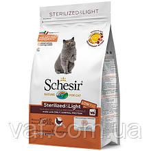 Cухой монопротеиновый корм для стерилизованных, склонных к полноте котов Schesir Cat Sterilized & Light 1.5 кг