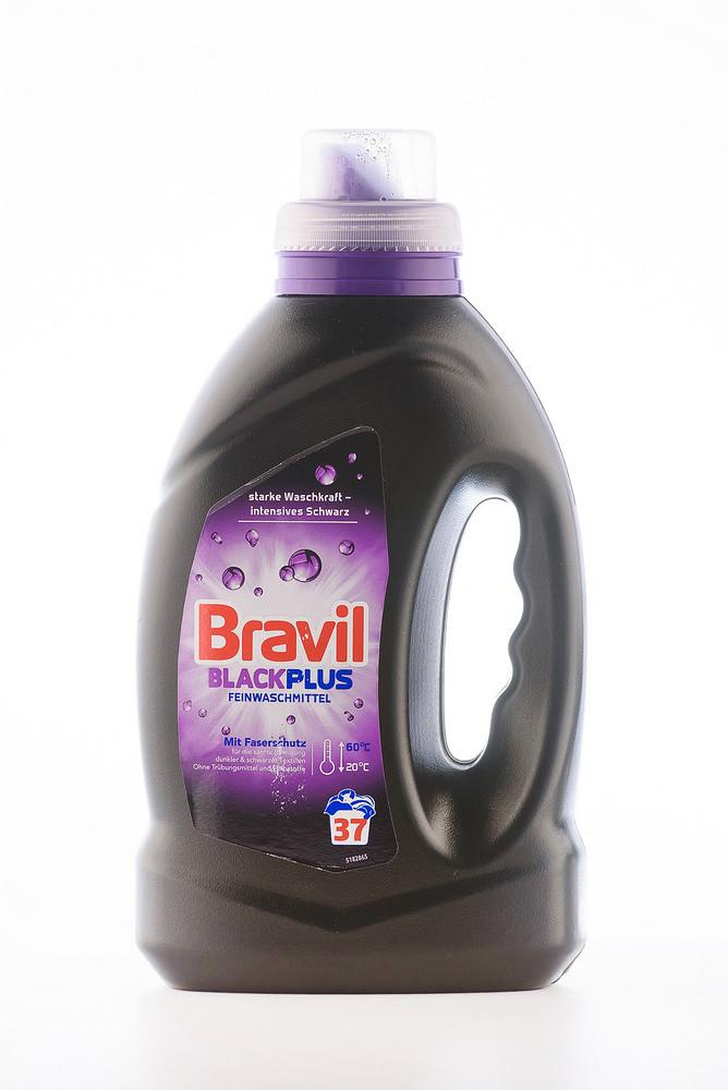 BRAVIL Blacl Plus Рідкий гель для прання темних та чорних речей (1,5л)
