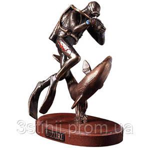 Статуэтка из бронзы «Дайвер с дельфином» Vizuri (Визури) H03