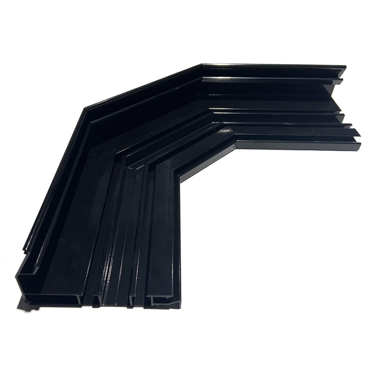 Угол трапеция для гардины черный 2х полосной