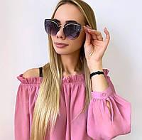 Жіночі сонцезахисні окуляри в золотій праві, фото 1