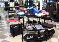 Торговое оборудование для магазинов одежды и обуви
