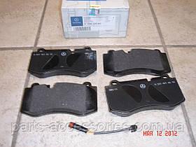 Mercedes CL Class W216 CL550 CL600 2007-13 передние тормозные колодки новые оригинальные