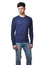 Мужской однотонный реглан простого кроя по фигуре с длинным рукавом, темно-синий