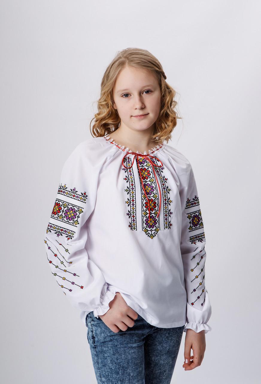 Вишита сорочка для дівчинки з яскравим орнаментом 146 р