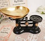 Винтажные английские кухонные весы с гирями, чугун, латунная чаша, латунные гири, Англия,Victor, фото 2