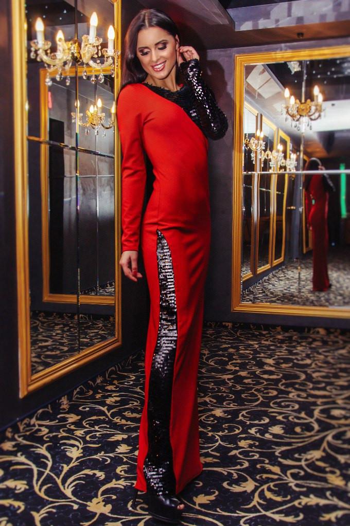 a8c0bebd765 Женское платье в пол с блестками -