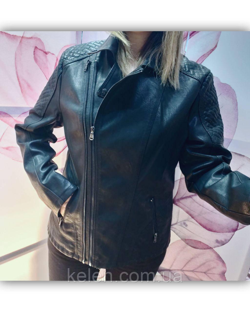 Женская куртка кожзам батальная  черная размеры 50-58