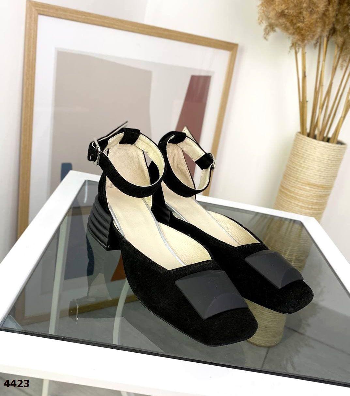 Жіночі замшеві туфлі на підборах 36-40 р чорний