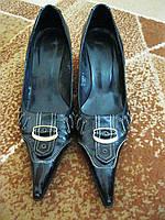 Туфли женские лакированные с носком на танкетке размер 37 в Черкассах