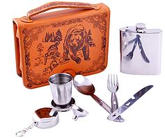 Подарочный набор в кожаной барсетке с флягой, стаканчиком, вилкой, ложкой, ножом, лейкой