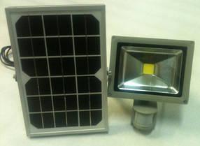 Светодиодный прожектор на солнечной батарее SL9-20 20W 6500K с датчиком движения IP65 Код.58525