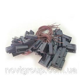 Магнітоконтактний Датчик з дротом 30 см MC-38, 27 * 14 * 8 мм, пластик, чорний, під шуруп, липучка +