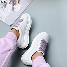 Кеды женские белые кожаные с фиолетовыми шнурками, фото 3