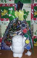 Новогодний набор Гипсовая фигурка Миньон, Акриловые краски, Кисточка, Новогодняя упаковка