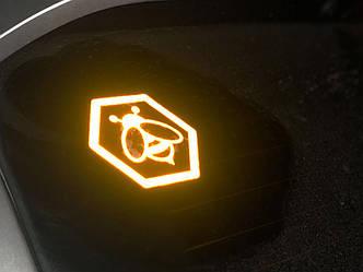 """Наклейка на Автомобіль - """"Бджілка"""" 1"""