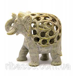 Слон різьблений кам'яний 10х11х5 см 28658