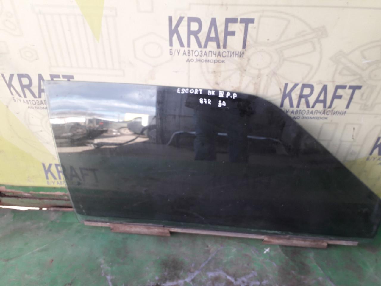 Скло дверей праве переднє для Ford Escort MK4 3х дверка