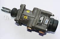 Кран главный тормозной (ножного тормоза)(613 EI,613 EII) WABCO